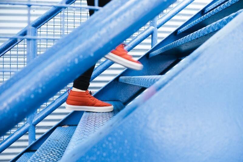 階段は成長の象徴。私、成長しています。